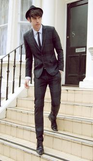 Plaid slim fit trousers & jacket | White smart shirt & skinny tie | Point toe dress shoes w/ point tip fedora