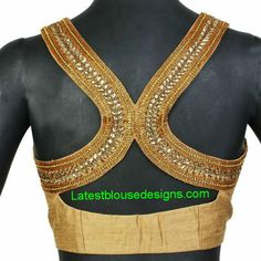 Racer back saree blouse (via Latest Blouse Designs)