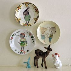The Storybook Rabbit - Illustrated decals on Vintage plates. I want one!