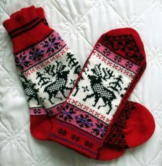 NORWEGIAN Scandinavian Hand Crafted 100% wool socks and mittens set, M / L, folk art, reindeer. $50.00, via Etsy.