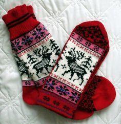 NORWEGIAN Scandinavian Hand Crafted 100% wool socks and mittens set, M / L, folk art, reindeer. $50.00, via Etsy.