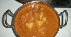 Amma's Varutharacha Urulai Kilangu Korma / Potatoes Cooked in Roasted Coconut Gravy – Best Combo for Appam