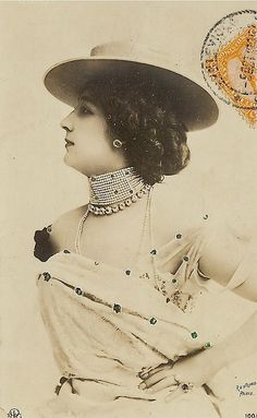 """La Belle Otero"" Beauty from La Belle Epoque - Postcard - Photo by Reutlinger, Paris - @~ Watsonette"