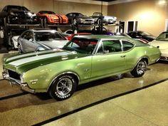 '69 Olds 442 W-30 2dr sedan!