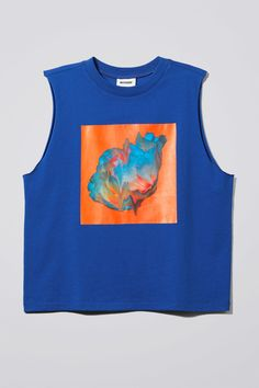 Model front image of Weekday fast top in blue