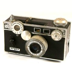 Hey, I found this really awesome Etsy listing at https://www.etsy.com/listing/191343716/vintage-camera-argus-rangefinder-c3