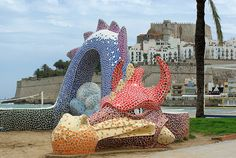 Mosaikdrache am Nordstrand.  Dragon de mosaico en el playa norte.  Dragon at the north beach.