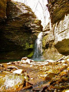 Fuzzybutt Falls - Pelsor,Arkansas