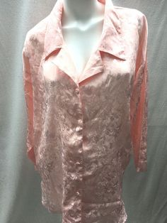 5eabbac81d3 Victoria s Secret Vintage Gold Label Nightgown Shirt Satin Jacquard Peach  M L