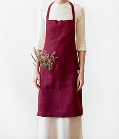 This soft linen apron is a perfect choice for everyday use. Combine with 5-minute meals, table served in dishes only and a glass of wine. 100% stone washed linen (245g/m2) Made in Lithuania Product weight: 0.221 kg IMPORTANT: When ordering, please send us your telephone number (express delivery company needs it to register your package). Thank you in advance