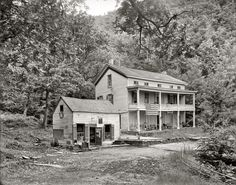 Products Buyenlarge 'Rip Van Winkle House Sleepy Hollow Catskill Mountains N.' Photographic Print Size: H x W x D Abandoned Churches, Old Abandoned Houses, Abandoned Mansions, Abandoned Places, Abandoned Property, Rip Van Winkle, Catskill Mountains, Old Mansions, Old Farm Houses