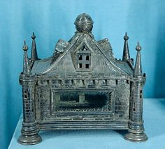 File:Reliquary St Louis Toulouse MNMA Cl9700.jpg