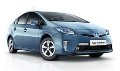 #Toyota #PriusRechargeable.  Le 1er véhicule Hybride rechargeable développé par Toyota.