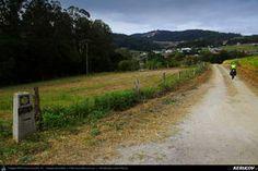 Traseu cu bicicleta MTB XC El Camino de Santiago del Norte - 9: Vilela - Gondan - Lourenza - Mondonedo - Gontan . MTB Ride El Camino de Santiago del Norte - 9: Vilela - Gondan - Lourenza - Mondonedo - Gontan - Galicia, Spania Country Roads, Mtb Bike, El Camino, Camino De Santiago, Norte