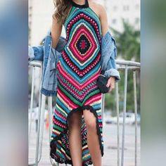 Vestido lindo! INSPIRAÇÃO pra começar bem a semana! #bomdia #inspiracao #imagemdainternet #pinterest #modaemcroche #handmade #feitoamão #instacrochet