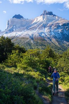 """Hiking in """"the end of the world"""", Los Cuernos, Torres del Paine NP, Chile #Patagonia"""
