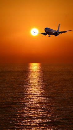 Airplane Photography, Travel Photography, Nature Photography, Airplane Wallpaper, Photo Avion, Beautiful Nature Wallpaper, Sunset Wallpaper, Sky Aesthetic, Beautiful Sunrise