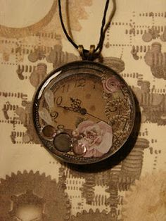 time piece necklace, vintage looking..definitely my style!