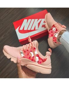 Discovered by maria leonidou. Find images and videos about pink, shoes and nike on We Heart It - the app to get lost in what you love. Cute Sneakers, Sneakers Mode, Shoes Sneakers, Sneakers Fashion Outfits, Fashion Shoes, Nike Air Shoes, Aesthetic Shoes, Hype Shoes, Fresh Shoes