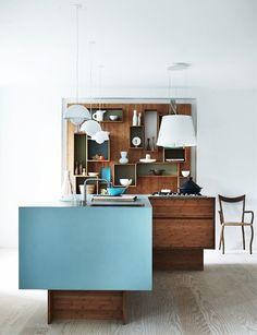 Mini Cocina de madera y color.