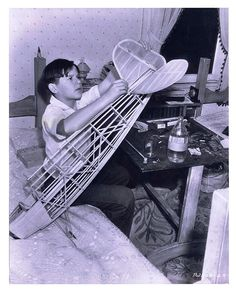BILLY COOK VINTAGE PHOTO BY DON ENGLIS 1939 CHILD STAR BUILDS MODEL AIRPLANE THAT APPEARS TO BE A REARWIN SPEEDSTER.