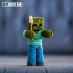 Häkelanleitung für Zombie aus Minecraft made by AradiyaToys via DaWanda.com