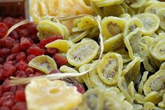 Make Your Own Dried Fruit (in the oven)  Its So Easy! No sugar and replaces candy. Great treat for the kids.