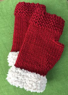 Here is a very quick and easy fingerless mitten, knit in the round from the bottom up, and also featuring a simple thumb gusset. Made with US 8 dpn's and your choice of worsted weight yarn. To make these mittens perfect for December, try using a fuzzy yarn for the cuff.