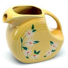 Fiesta® Daisy Pitcher