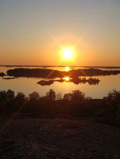 archipelago in Finland 11pm    http://www.camperingiro.blogspot.it/