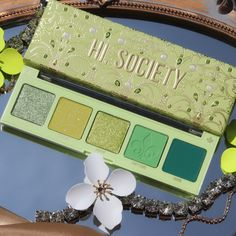 Makeup Products, Makeup Tips, Eye Makeup, Green Palette, Beauty Corner, Eyes Lips Face, Spring Makeup, Daily Beauty, Spring Looks