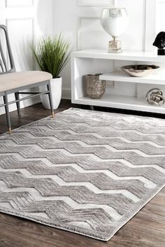 Rugs USA Gray Dewdrop Textured Chevron rug - Contemporary Rectangle x Chevron Area Rugs, Machine Made Rugs, Rectangular Rugs, Rugs Usa, Contemporary Rugs, Grey Rugs, Online Home Decor Stores, Room Set, Colorful Rugs