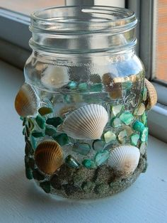 Seashell Mosaic Votive Holder Tis the season for beachy crafts so I thought I would post another for you! Seashell Crafts, Beach Crafts, Summer Crafts, Cork Crafts, Diy And Crafts, Crafts For Kids, Arts And Crafts, Mason Jar Crafts, Mason Jars