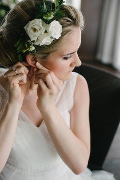 white rose headband with greenery, photo by Celine Kim http://ruffledblog.com/thompson-toronto-wedding #weddinghair #bridal #flowers