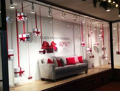 Black Friday Inspiration for Furniture Store display windows . - Black Friday Inspiration for Furniture Store display windows - Christmas Window Display Retail, Winter Window Display, Store Window Displays, Display Windows, Christmas Store Displays, Christmas Windows, Booth Displays, Design Café, Design Food