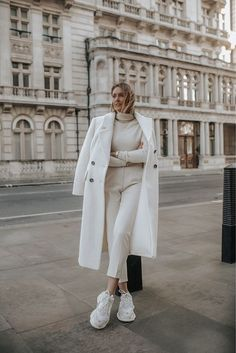 Winter Fashion Outfits, Fall Winter Outfits, Look Fashion, Womens Fashion, Paris Outfits, Aesthetic Fashion, Fashion Tips, Fashion Clothes, Retro Fashion