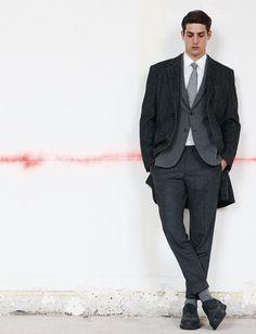 Décor brut pour une mode raffinée  Tendance : les nouveaux classiques masculins du dress code au bureau » http://madame.lefigaro.fr/style/decor-brut-pour-mode-raffinee-061111-185200