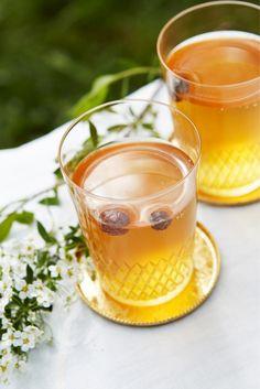 Sima - Finnish May Day drink, fermented lemonade