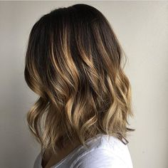 ❤️ this blend and length. Hair by @ks.hair  #hair #hairenvy #haircolor #hairstyles #brunette #balayage #highlights #newandnow #inspiration #maneinterest