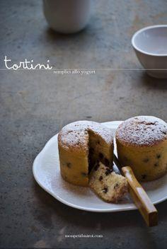 Mon petit bistrot: Tortini semplici allo yogurt magro (o torta dei vasetti)