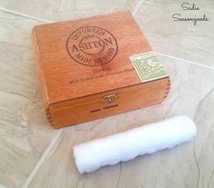 How to make a DIY ring holder or display by upcycling a vintage wooden cigar box by Sadie Seasongoods / www.sadieseasongoods.com