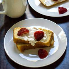 Sugar Free Brown Butter Pound Cake via @dropthesugar