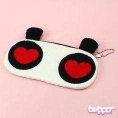 Rakastunut Panda pussukka, 3,90e Kawaii Bags, Kawaii Shop, Purse Wallet, Pouch, Cute Bags, Plus Size Fashion, Purses And Bags, Sunglasses Case, Pandas