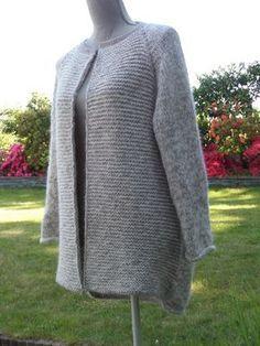 Une chouette veste, point mousse et jersey.
