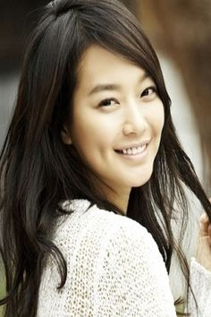 My fav k-actress.  Korean Marion Cotillard :)