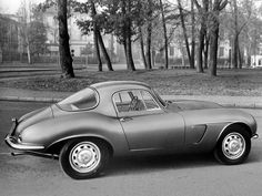 Arnolt Bristol DeLuxe Coupé by Bertone Bmw Classic Cars, Classic Trucks, Bristol Cars, Grand Luxe, S Pic, Old Cars, Car Pictures, Concept Cars, Cars And Motorcycles
