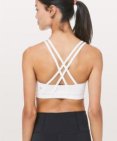 45d5e9e8a7305 energy bra in white size 6 Yoga Bra