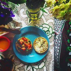avocado&tomato creamcheese&honey With a flower #Breakfast #Saturday #Flower