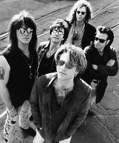 Bon Jovi Song, Bon Jovi 80s, Jon Bon Jovi, Great Bands, Cool Bands, Hard Rock Music, Bon Jovi Always, Shaggy Long Hair, Cher Bono