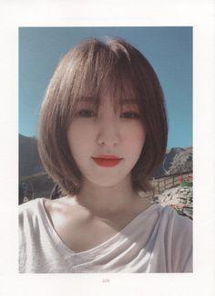 Wendy Red Velvet, Red Velvet Irene, Color Del Pelo, Asian Short Hair, Shot Hair Styles, Corte Y Color, Red Velvet Seulgi, K Idols, Cute Hairstyles